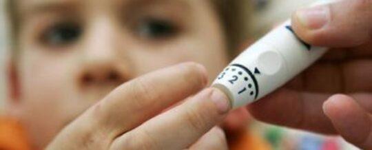 Kinderdiabetesteam AZ Nikolaas behaalt RIZIV-erkenning 'Gespecialiseerd diabetescentrum voor kinderen en adolescenten'